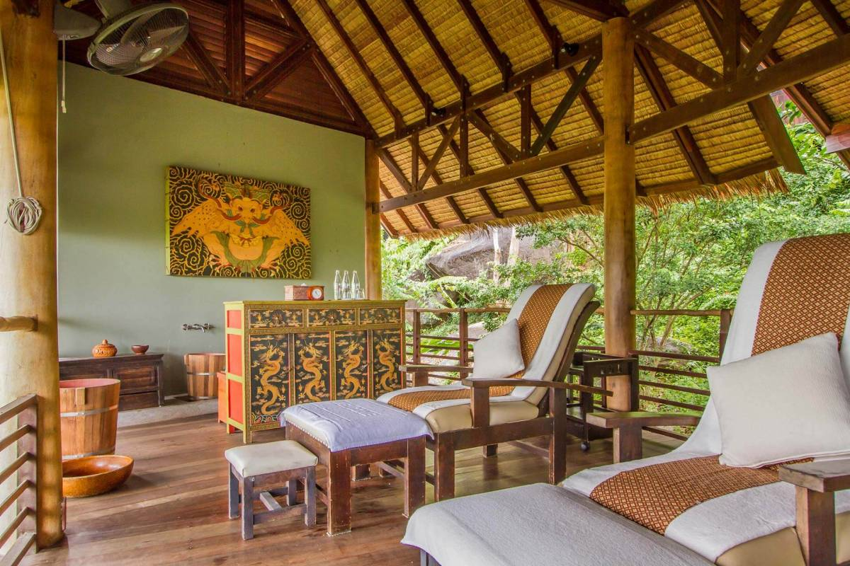 View on the foot massaging station at the Spa of Kamalaya Koh Samui